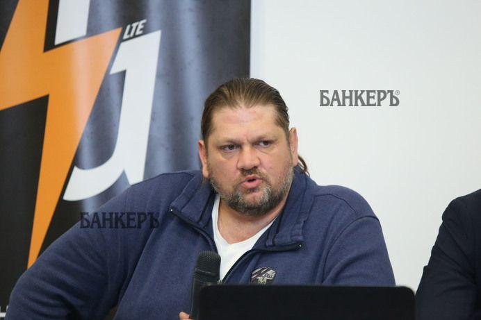 Електронната винетка да се купува и през банкомат – както се разпореди Бойко Борисов.